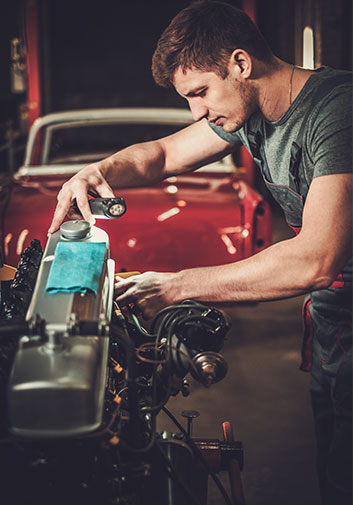 how to start a classic car restoration business